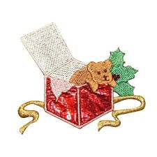 ID 8068 Pet Puppy Present Dog for Christmas Holiday Gift Iron On Applique Patch