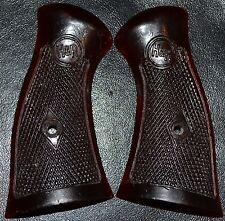 """H & R Pistol Grips 929 3 & 1/4"""" Olive Color"""