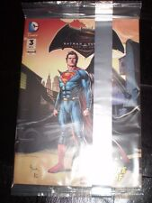 DC COMICS BATMAN V SUPERMAN #3 OF 4  5X7 NEW SEALED IN BAG ***FREE SHIPPING***