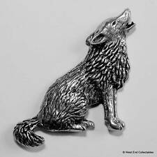 Howling Wolf Pewter Pin Brooch - British Hand Crafted - Timber Gray Dog Wolf