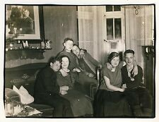 Junge Paare SILVESTER PARTY NEW YEAR'S EVE 1924/25 Young Couples * Vintage Photo
