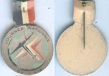 Insigne de journées 1914/1918 - Journée nationale de l'air tout carton