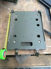 Clansman/Bowman/Ptarmigan Vehicle Radio/Ancillaries Resilient Mounting Plate