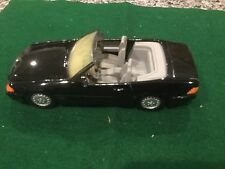 Corgi 1:24 Mercedes Benz 500 SL Convertible