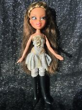 Bratz Doll Girlz Really Rock Yasmin Sparkly Silver & Gold Clothes & Heeled Boots