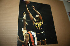 GOLDEN STATE WARRIORS NATE THURMOND UNSIGNED 8X10 PHOTO POSE 1