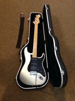 2003-2004 Fender American Stratocaster HSS w/case - Made in USA!!