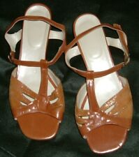 "'ELEGANCE' BROWN LEATHER QUALITY T-BAR 1 1/2"" HEAL SANDALS – SIZE 6 -"