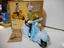 scooter girl  tin toy tole lambretta bleu