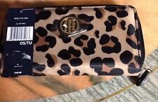 New Tommy Hilfiger Women's  Large Zip Around Wallet Brown And Black- Leopard