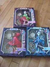 Monster High CLAWDEEN Wolf FRANKIE Stein DRACULAURA Scary Tales Dolls NEW
