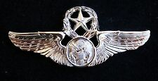 US AIR FORCE MASTER AIRCREW MINI PIN AVIATION MILLITARY AFB HAT PLANES DEVICE