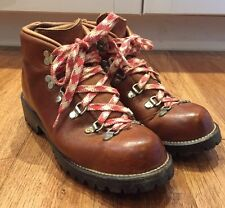 Vintage DANNER Women's Brown Leather Hiking Mountaineering Boots Sz 7B