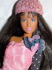 Bonita Muñeca Barbie moda fiebre Lea en Lindo Vestido y Sombrero