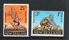 NEW ZEALAND MNH 1967 SG867-868 HEALTH STAMPS RUGBY FOOTBALL SET OF 2