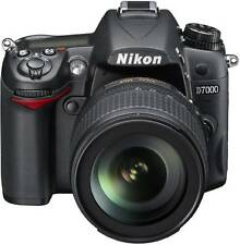Nikon D7000 with AF-S DX NIKKOR 18-105 mm F/3.5-5.6 G ED VR Lens DSLR Camera Bil