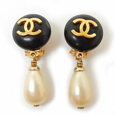 Rise-on CHANEL Gold Plated Fake Pearl CC Logos Clip Earrings #1536