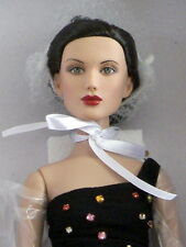 Tonner Glamorous #75 doll NRFB Limited Edition of 300