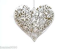 RUSTIC VINTAGE SILVER DAISY LOVE HEART WALL HANGING DECORATION RETRO HOME GIFT