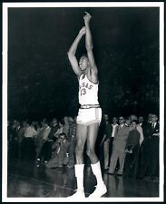 WOW LEGEND WILT CHAMBERLAIN LAKERS, PHILA, IN COLLEGE playing for  KANSAS  8X10