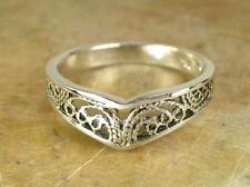 STUNNING STERLING SILVER FILIGREE CHEVRON RING size 8   style# r0612