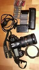 Nikon D D200 10.2MP Digital SLR Camera - Black (with AF-S VR 18-200mm Lens)