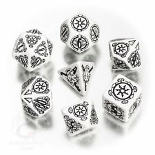 Q-workshop 7 Dice Set of White & Black Pathfinder Shattered Star SPAT02