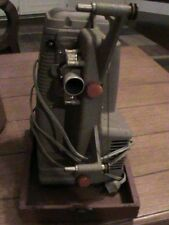 WORKS vintage Mansfield Holiday 8 mm projector Model 500 +orig covered wood case