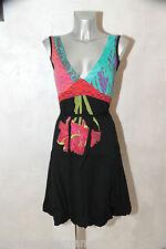 jolie robe boule en coton multicolore  DESIGUAL taille S  excellent état