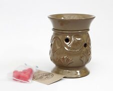 SALE ITEM Owlchemy Electric wax warmer(burner)+light & Celebration scented tarts