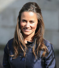 Pippa Middleton UNSIGNED photo - D1789 - English socialite, author and columnist