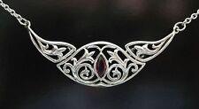 Lilien Collier Halskette aus 925er Sterling Silber mit Granatstein