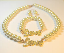 *** New Ladies Women Gourgess Cream Glass Pearl & Crystal Love Necklace Set***