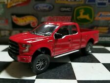 1:64 Custom 2016 XLT Ford F150 lifted  mud 4WD truck Pickup Farm DCP ERTL 4x4