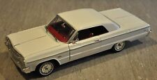 Johnny Lightning's 1964 Chevrolet Impala SS - 1:24 - NIB - WHITE