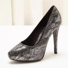 POUR LA VICTOIRE Painted Silver Faux Snakeskin High Heel Pump Shoe 6.5 / 36.5