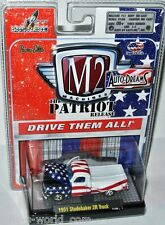 M2 Machines Auto Dreams Patriotic 1951 STUDEBAKER 2R PICKUP - 1:64 (11-03)