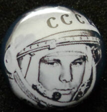 FIRST MAN IN THE SPACE  PIN BADGE  Yuriy Gagarin  USSR /CCCP/