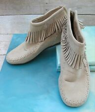 r2 CHEYENNE BOHO Beige Fringed Zip Ankle Flat Boots Moccasins Wms 8.5 Manmade