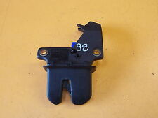 AUDI A4 B6 SALOON 2.0 FSI '53 REAR BOOTLID LOCK MECHANISM CATCH 8E5827505B