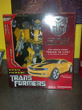 Ultimate Bumblebee Autobot Transformers Action Figure NIB