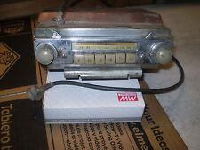 1947 FORD DELUXE RADIO PASSENGER MODELS
