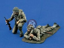 Verlinden 1/35 US Infantry Hunkered Down in ETO Europe WWII (2 Figures) 1368