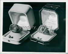 1946 Pope Pius XII Rings for Public Consistory Original News Service Photo