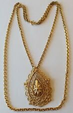 VINTAGE CROWN TRIFARI SIGNED GOLD TONE ABSTRACT PENDANT NECKLACE SC1