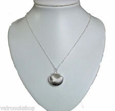 "SILVER SHELL SHAPE LOCKET ON 18"" SILVER CHAIN (CH)"