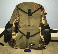 Gap One Shoulder Sling Hunter Green Camouflage/Camo Backpack Youth