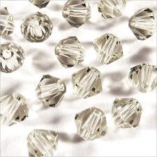 40 Perlas Checas Tupis de Cristal 4mm Gris Claro