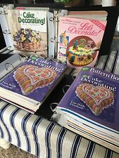 Lot~~40 Vintage WILTON Cake Decorating Yearbooks & Pattern Books 1972-2005