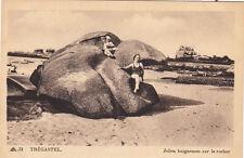 TREGASTEL 31 jolies baigneuses sur le rocher